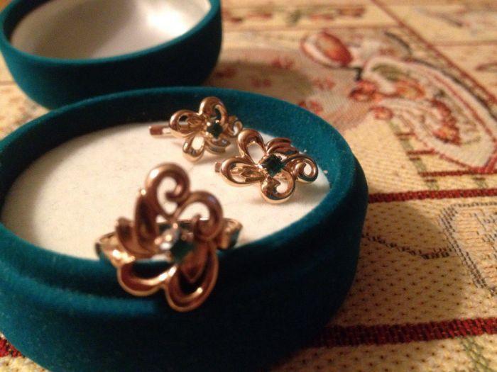 16f0386cb9a5 Женский набор золотые серьги и кольцо купить, цена  21000.00 руб ...